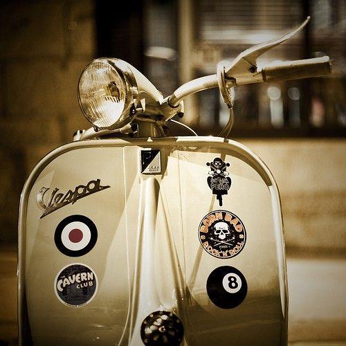 Vespa. Vrooom.: Vespas Scooters, Lavazza Italian, Italian Styles, Awesome Products, Cars Motorcycles, Italian Film, Art Vespas, Vintage Vespas, Damien Rigondeaud