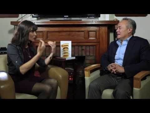 ▶ Wheat Belly ~ Julie Daniluk Interviews Dr. William Davis Part 1: The Overview - YouTube
