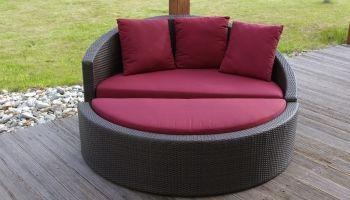 Petrina II - Kulatá pohovka, může ji transformovat na dvě pohodlná křesílka, na zahradu i do interiéru #pohovka