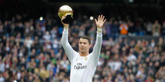Cristiano Ronaldo va forcément gagner le Ballon d'Or 2014 - http://www.actusports.fr/126899/cristiano-ronaldo-va-forcement-gagner-le-ballon-dor-2014/