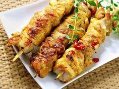filet de poulet, citron, oignon, huile d'olive, thym, Sel, poivre