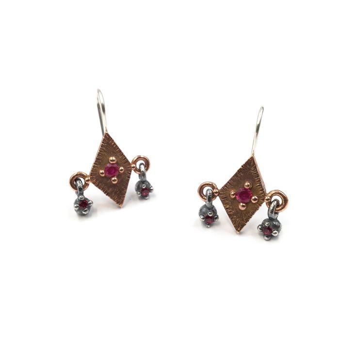Trembling Earrings