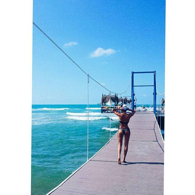 #solarbeach #beach #plaj #istanbul #turkey #kilyos #beatiful #nature #naturalbeauty #стамбул #русскиевстамбуле #deniz #istinye #sahil #marina #iskele #пирс #лето #жара #море #солнце #стамбул Natural Beauty from BEAUT.E