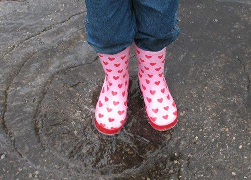 Quando fuori piove: i nostri consigli per divertenti giornate casalinghe al riparo dalla pioggia!