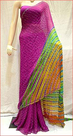 A big fan of Lehariya and bright colors. The purple play here is an all time favorite :)