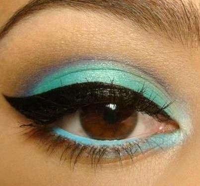 Green eyeshadow for brown eye makeup