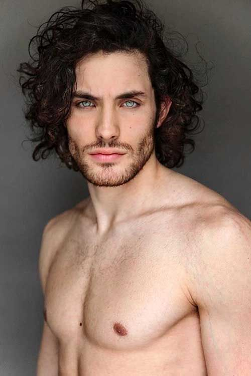 Clement Becq rocking his natural, curly hair with little to no styling involved. Description from hisstylediary.com. I searched for this on bing.com/images