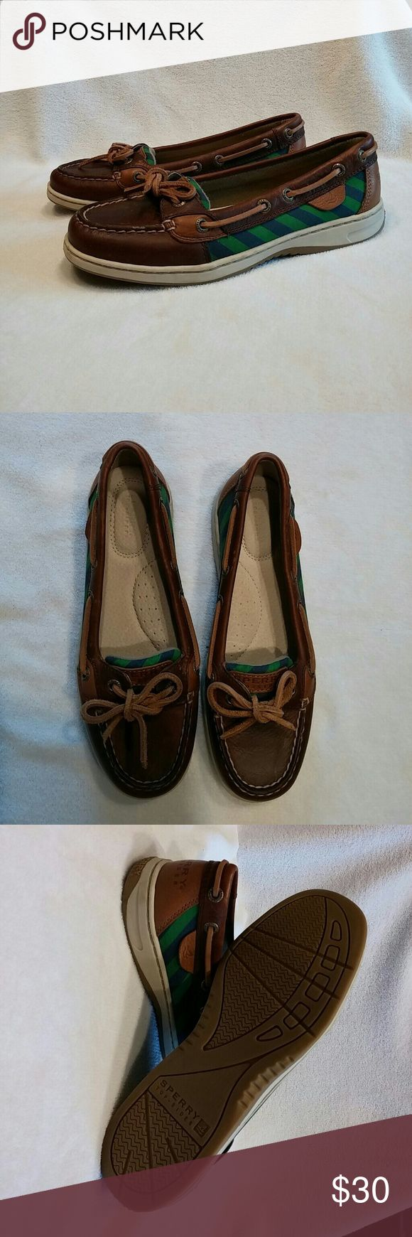 Sperry Women's Angelfish Striped Boatshoe Women's like new blue and green striped boatshoes. Size 6.5. Sperry Top-Sider Shoes