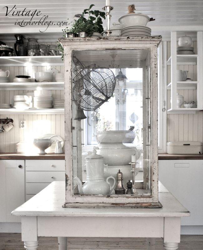 47 best Vintage by Nina images on Pinterest   Vintage home decor ...