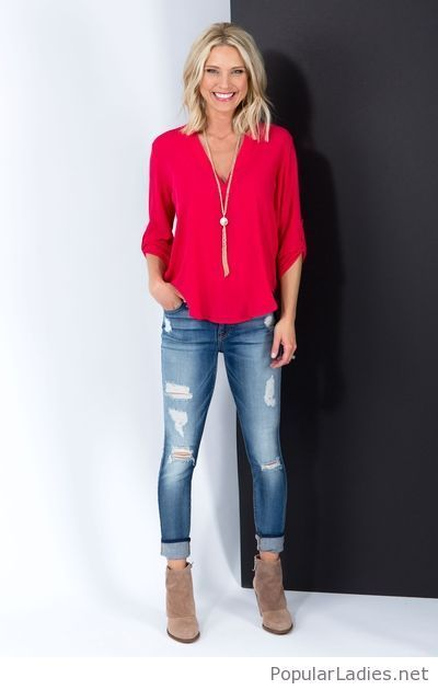 blue-jeans-bright-pink-blouse-and-nude-boots