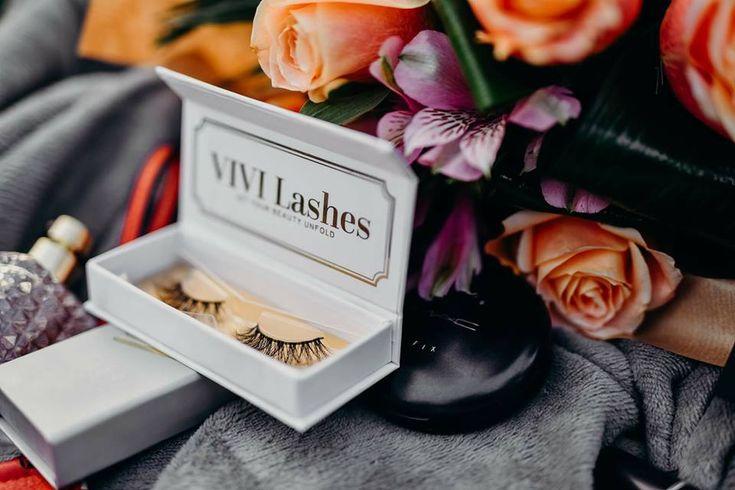 Se spune că cele mai îndrăznețe fete vor purta în #2018 genele VIVI Lashes.  Așa că noi te așteptăm să îți alegi genele preferate pe www.vivilashes.com.