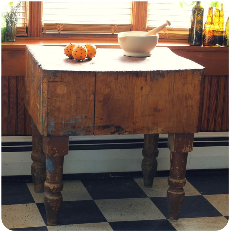 Vintage butcher block. No matter what this is always a real gem in any kitchen! #LaBoutiqueVintage