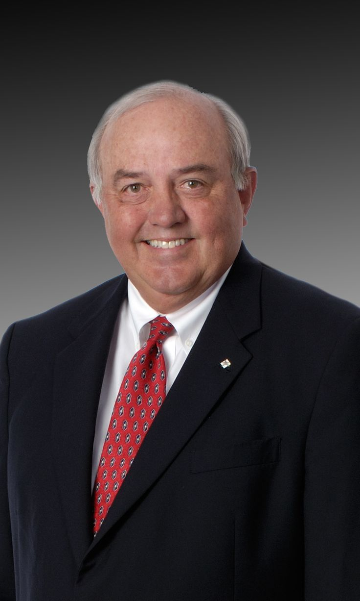 """Lone Star College System will conduct two ceremonies in December to officially name buildings honoring the accomplishments of Dr. John E. Pickelman, chancellor emeritus and Wm. """"Randy"""" Bates, Jr., JD, longtime board member."""