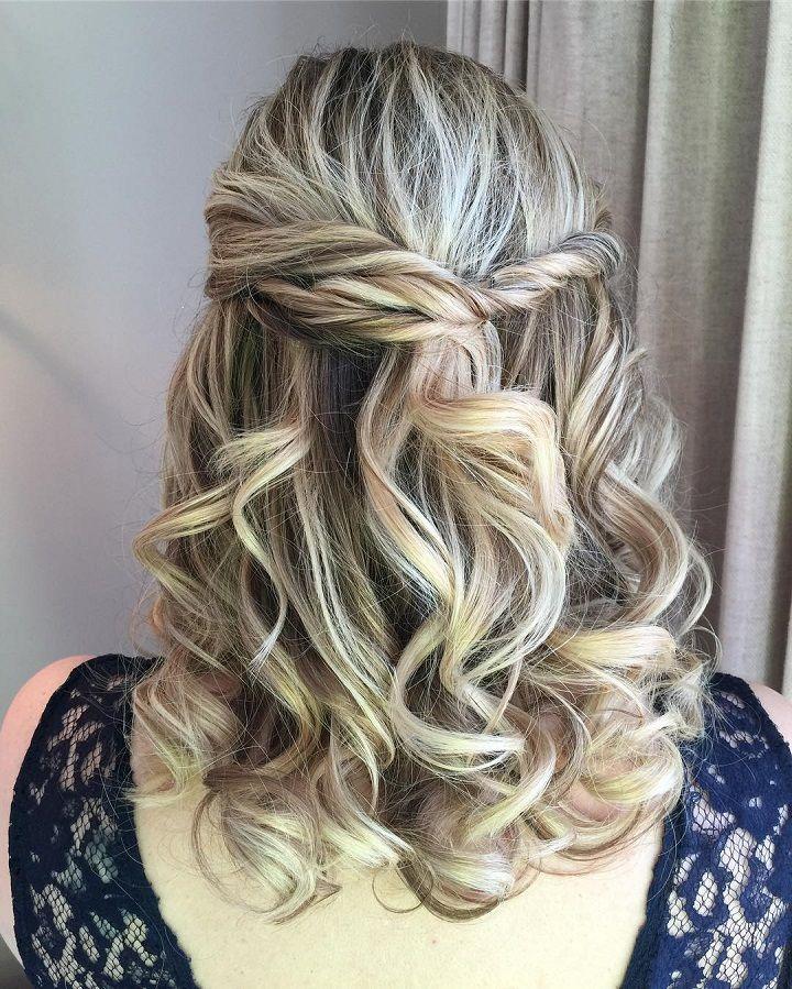 Modern Wedding Hairstyles: Best 25+ Partial Updo Ideas On Pinterest