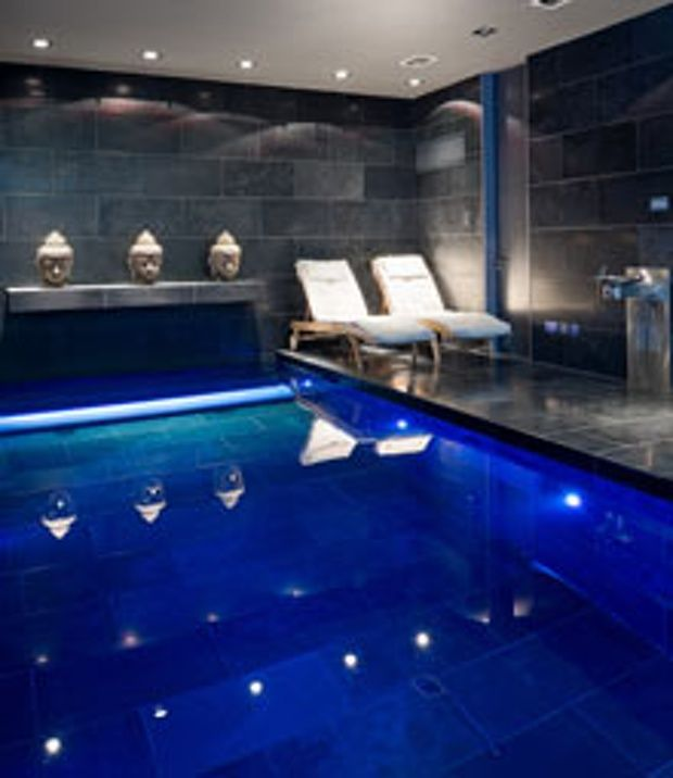 Best 25 luxury bunkers ideas on pinterest bomb shelter for Basement swimming pool ideas
