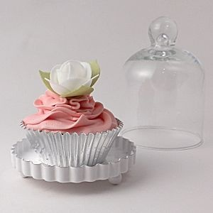 Miniature Glass Bell Jar for wedding cupcakes and wedding favours #uniqueweddingfavours