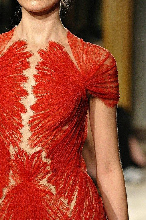 In Detail: Marchesa. This is too fascinating to not pin. Doesn't it look like muscles...it's like an anatomy book that's been fashionized
