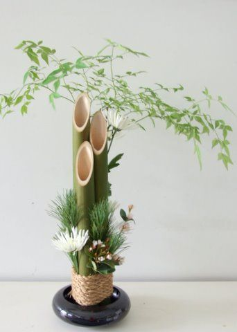 bamboo arrangement ideas | Kadomatsu for the New Year
