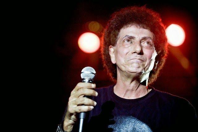 Ikuti Jejak Mick Jagger, Ahmad Albar Bakal Punya Anak di Usia 70 Tahun https://malangtoday.net/wp-content/uploads/2017/02/Ahmad-Albar-1.jpg MALANGTODAY.NET– jarang terlihat lagi di layar laca, baru-baru ini Ahmad Albarmuncul dan hebohkan publik. Ia membuat publik terkejut lantaran diusinya yang ke-70 tahun itu, ia akan memiliki anggota baru dalam keluarganya. Kabar gembira itu diketahui publik saat video acara Baby Showeryaitu... https://malangtoday.net/inspirasi/hibu