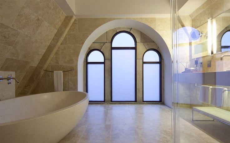 #ConservatoriumHotel #luxuryhotel #hotel #spa #bathroom #suites #hospitality #Amsterdam #marble #stone #bathtube