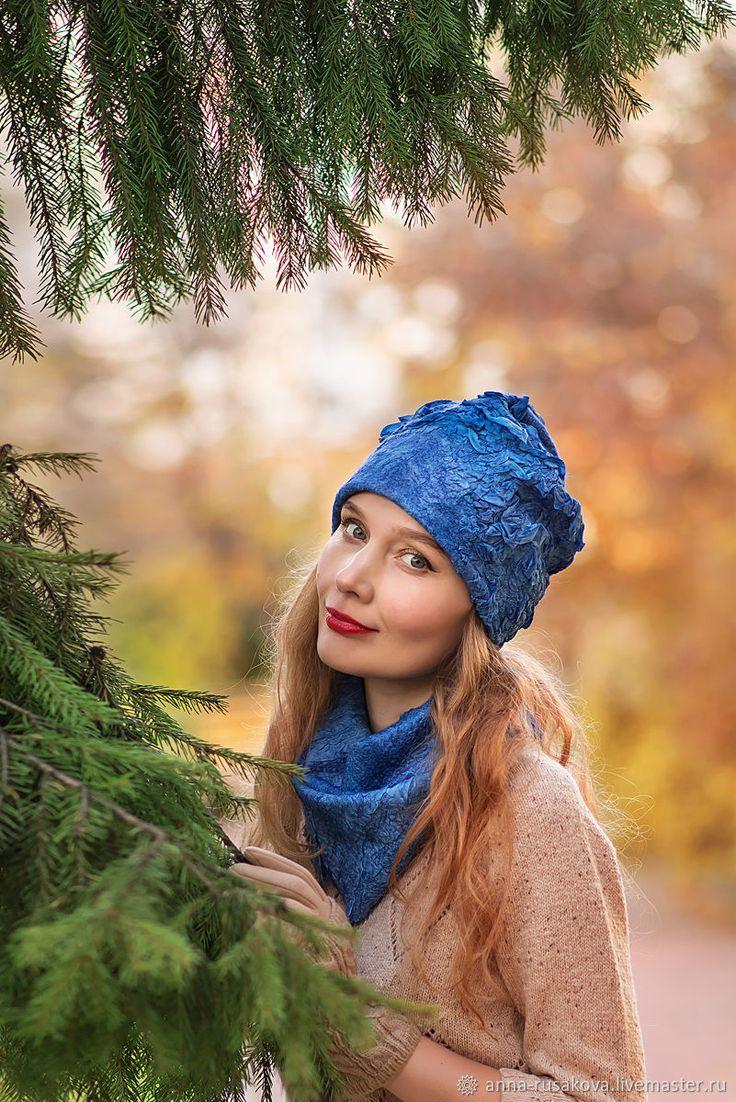 """Купить """"Синий иней"""" комплект шапочка и снуд - синий, войлочная шапка, войлочный комплект"""