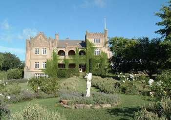Kings Plains Castle - Accommodation fit for a King or Queen- Glen Innes NSW