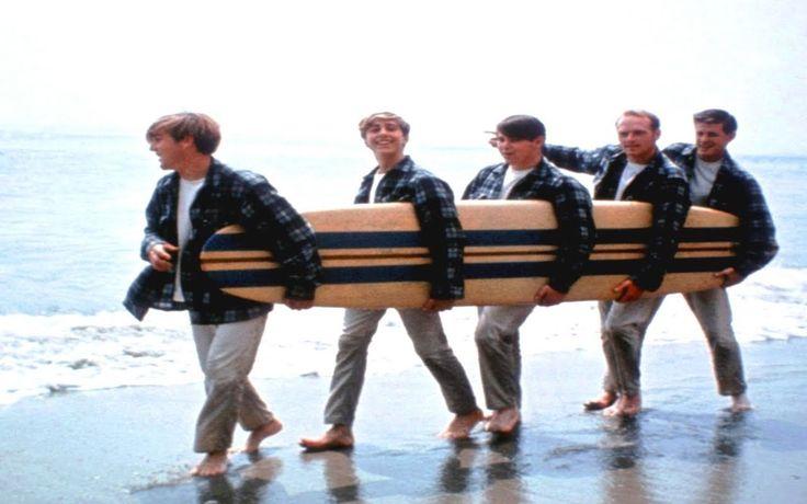 Good Vibrations (Lyrics on screen) - The Beach Boys