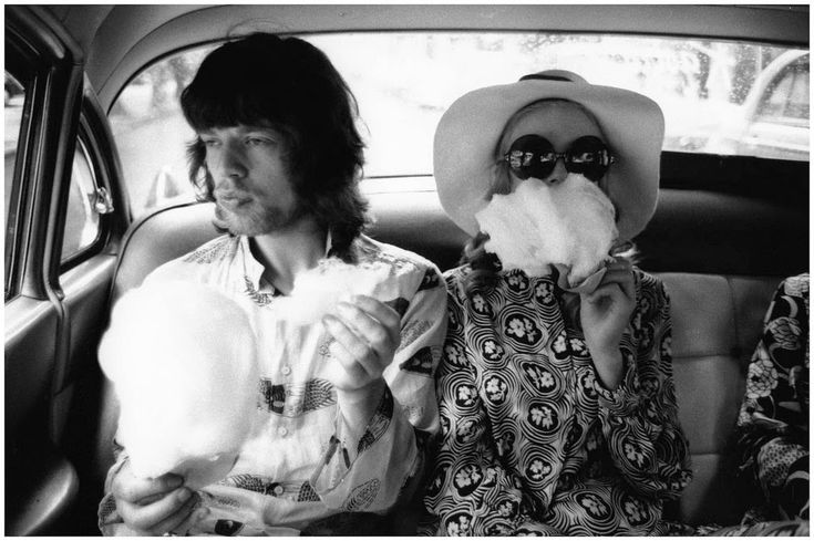 Mick Jagger and Marianne Faithful's Relationship in 37 Rare Photos :http://art-sheep.com/mick-jagger-and-marianne-faithfuls-relationship-in-37-rare-photos/