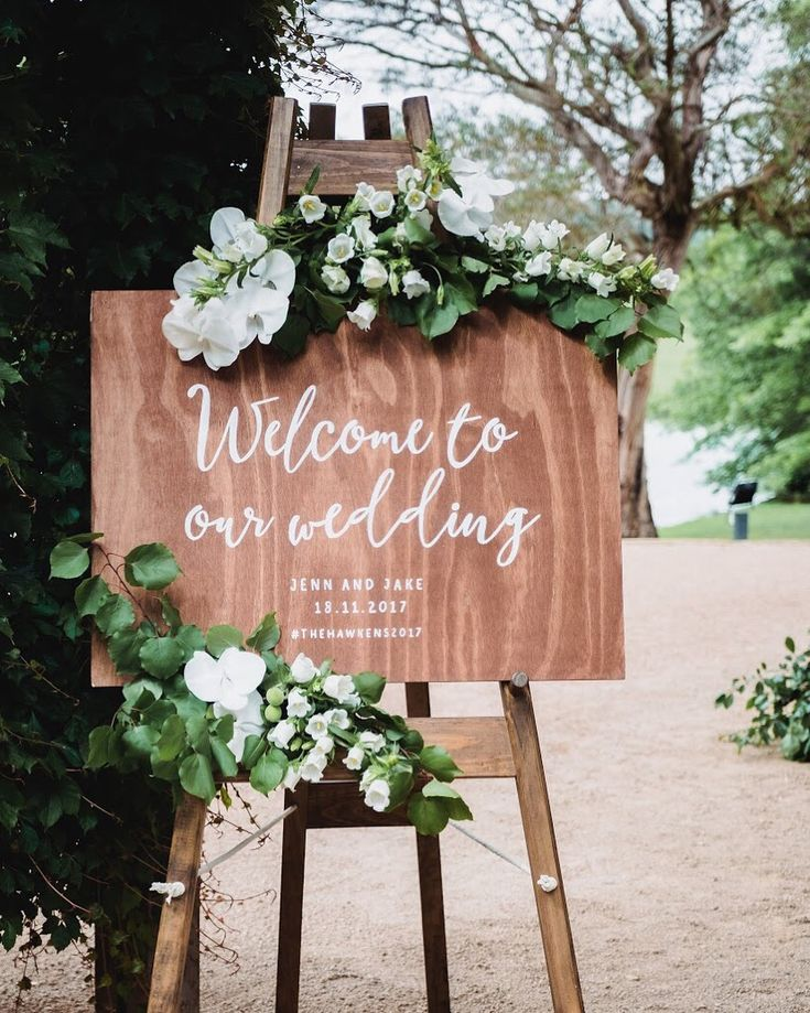 Sign florals by Emma Blake Floral Photography by Milton Gan