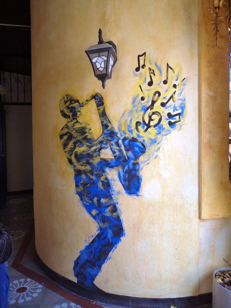 pintura mural - decoración restaurante - acrílico - musica - jazz - saxofón - arte - Ciclofante