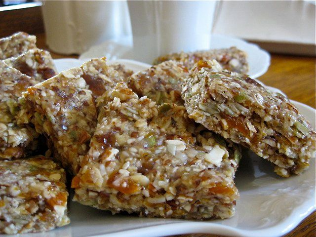 Never Enough Nut and Seed BarsWant a great healthy snack for the whole family? These raw vegan gluten free nut and seeds bars are AMAZING. Just mix in the food processor and chill.