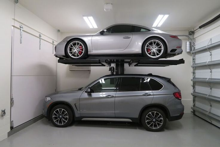 MaximumOne Single Post Car Lift model M1-4.5 and M1-6.5 – American Custom Lifts