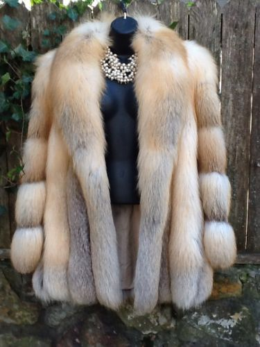 Authentic Finland Fox Fur Coat Natural Fox Women's  One of the prettiest coats I've seen :-)