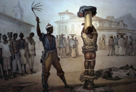Voor de geringste overtredingen werden de slaven gestraft met een zweep. De pijn was onverdraagbaar. Deze straffen waren een van de redenen waarom de slaven ontsnapt zijn.
