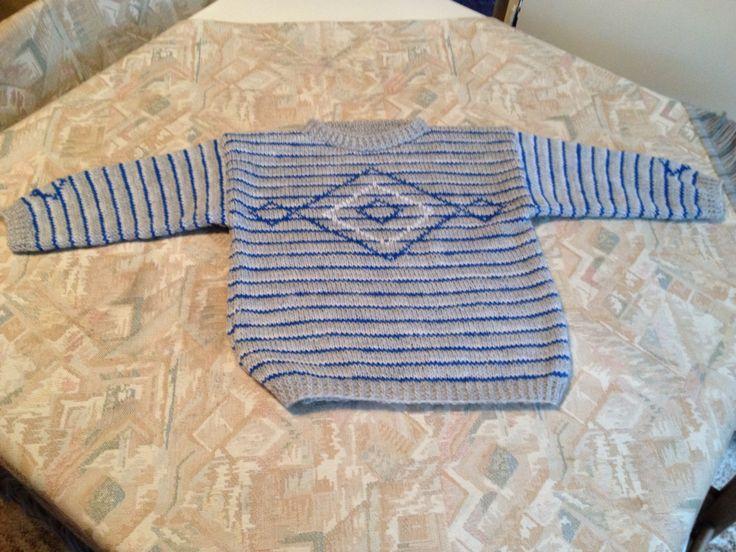 Blue-grey-white striped hand knitted kids sweater with diamond motif - Blauw-grijs-wit gestreepte handgebreide kindertrui met ruitmotief