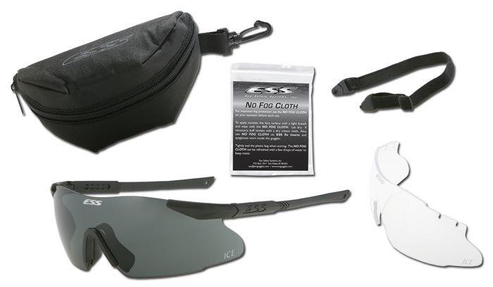 """НОВІ НАДХОДЖЕННЯ: ОКУЛЯРИ ЗАХИСНІ СЕРІЇ """"ESS ICE ™ 2LS KIT"""" Модель захисних окулярів ESS ICE ™ (Interchangeable Component Eyeshield) є легкою, міцною і безоправной захисноїю оптичною системою, яка дозволить зберегти ваші очі в безпеці. Балістичні окуляри ESS ICE ™ забезпечують поєднання висококласної захисту, необмеженого кута огляду і можливості швидкої заміни лінз при зміні навколишнього освітленості і умов.  Захисні окуляри """"ESS ICE ™"""" мають комфортну форму і добре поєднуються з різними…"""