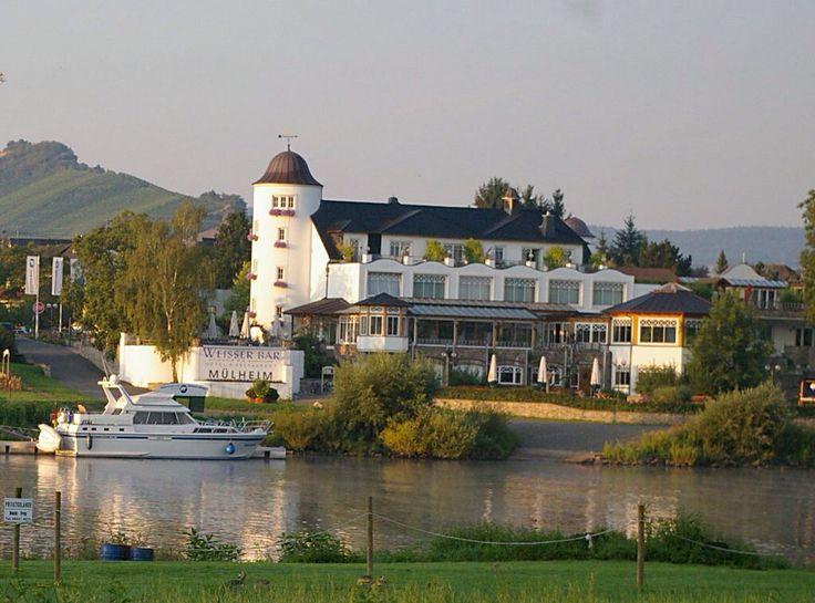 """Hotel """" Weisser Bär """" Mülheim an der Mosel"""