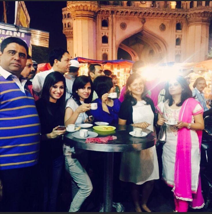 #TheParkRamadanWalk's foodie #Hyderabad group enjoyed Irani tea outside an illuminated Charminar.