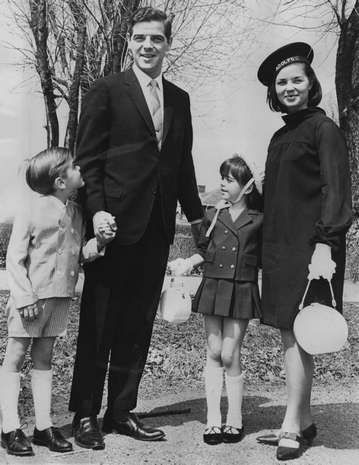 Nick Clooney with his wife Nina and children George and Ada on Easter 1967 in Ft. Mitchell.