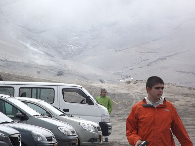 we looked at the road that tourists took in the past to continue to the snow... www.colombiatravelmagazine.com
