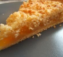 Recette - Tarte crumble aux abricots rapide - Notée 4.1/5 par les internautes