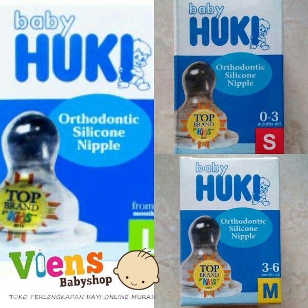 Huki Dot atau Nipple Orthodontic  Size S Dot ini diformulasikan untuk susu dengan lubang sempit untuk bayi baru lahir dengan aliran lambat. Size M dibuat khusus untuk bayi 3 bulan keatas dengan lubang sedang. Size L dibuat khusus untuk bayi berusia diatas 6 bulan. Dot ini diformulasikan untuk susu dengan lubang besar buat si kecil yang sudah terbiasa menyusu lewat botol susu.  Baby HUKI memiliki keunggulan yang berbeda dengan Produk yang lain, yang biasa disebut dengan Dot Orthodontic…