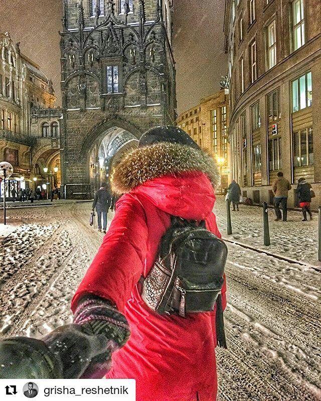 #Repost @grisha_reshetnik in Prague  We love Prague  #reshetnikfamily #reshetniktravelling #prague #love #snow #atmosphere