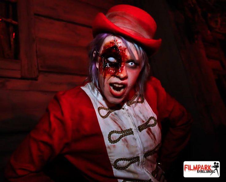 Dead girl walking - Zombie!!  #deadgirl #zombie #filmpark #babelsberg #filmparkbabelsberg #horrornacht #horrornächte #makeup #costume #kostüm #red #page #blood #bloodyeye #blutigesauge #Aufe #eye #witheeye #weißesauge #contactlenses #Kontaktlinsen #horror #scary #creepy #gruslig #halloween #schaurig