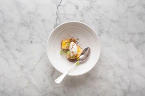Aardappelmuffin met Belgische saffraan, karnemelk en bruine suiker