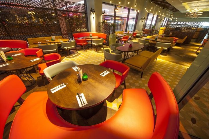Las Iguanas restaurant by B3 Designers London 07 Las Iguanas restaurant by B3 Designers, London