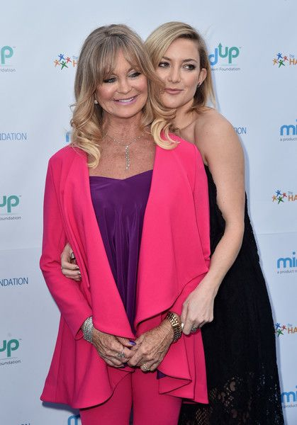Actors Goldie Hawn and Kate Hudson attend Goldie Hawn's Annual Goldie's Love In For Kids on May 06, 2016 in Beverly Hills, California.