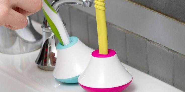 Фото: Подставка-неваляшка, которая не даст упасть зубной щетке http://telegraf.com.ua/tehnologii/1281467-podstavka-nevalyashka-kotoraya-ne-dast-upast-zubnoy-shhetke.html