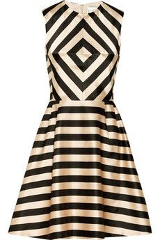 #levolove this #dress & #print. Linda printed satin dress by Jill Stuart
