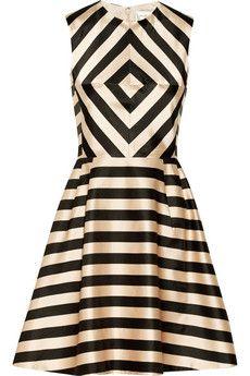 #levolove this #dress & #print. Linda printed satin dress by Jill Stuart